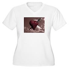 HEARTBREAKER Plus Size T-Shirt