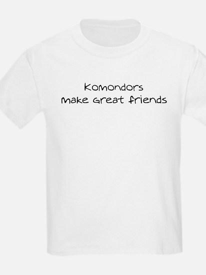 Komondors make friends Kids T-Shirt