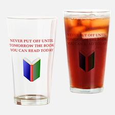 BOOKS20 Drinking Glass