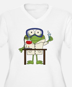 Frog in Science Lab Plus Size T-Shirt