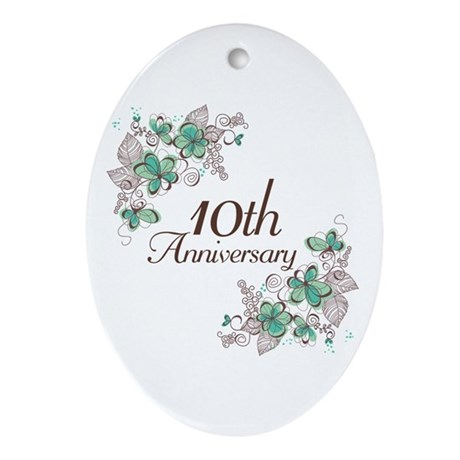 10th Anniversary Keepsake Ornament (Oval)