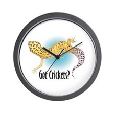Gecko Got Crickets Wall Clock