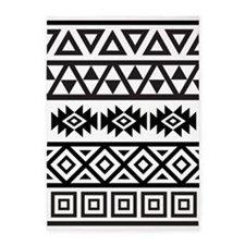 Aztec Influence Ptn B&W 5'x7'Area Rug