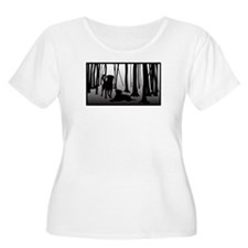 Rottweilers in Woods Plus Size T-Shirt