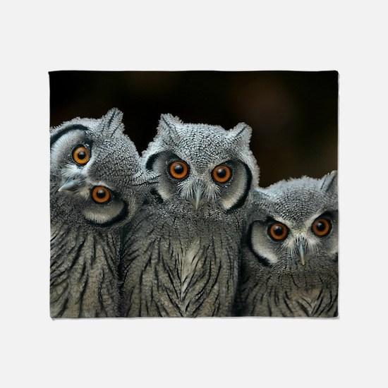 Unique Cute owl Throw Blanket