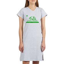 california bear camo green Women's Nightshirt