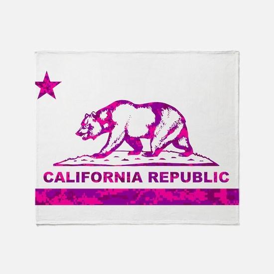 california bear camo pink Throw Blanket