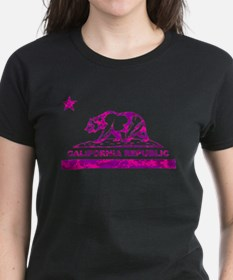 california bear camo pink T-Shirt