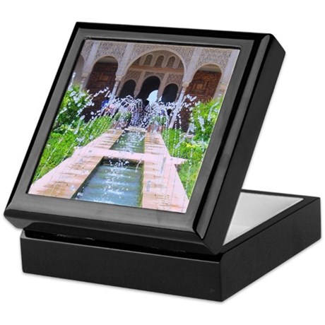 Alhambra water fountain Keepsake Box
