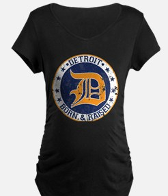 Detroit born and raised Maternity T-Shirt