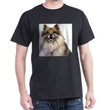 Keeshond Head Shot T-Shirt