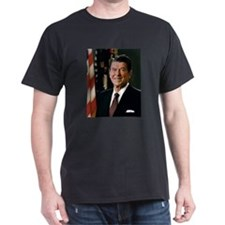 Official_Portrait_of_President_Reagan_1981 T-Shirt