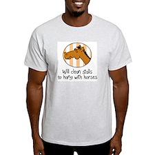 cute horse funny barn T-Shirt