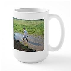 Boy splashing Mug