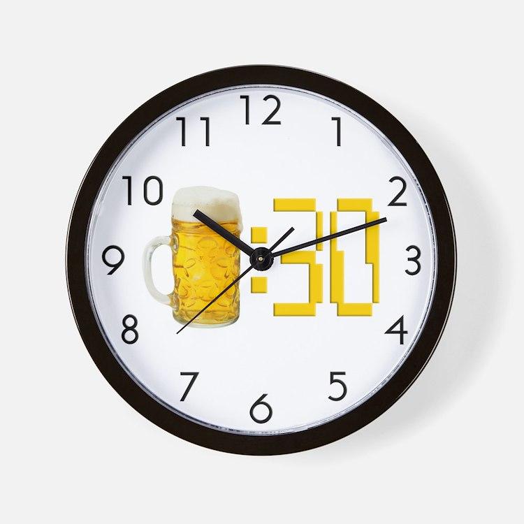BEER : 30 Wall Clock