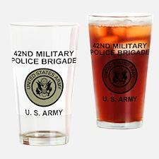 Army-42nd-MP-BdeBonnie-Woodland-Bac Drinking Glass