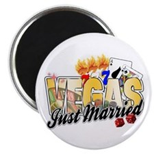 Vegas Just Married Magnet