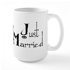 Just Married Skulls Mug