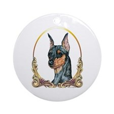 Miniature Pinscher Holiday/Xmas Ornament (Round)