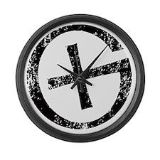 Geocache symbol distresssed Large Wall Clock