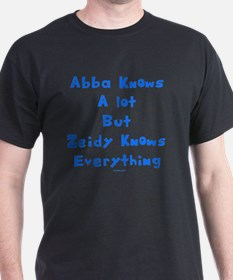 zeidy Knows Everything 2 flat T-Shirt