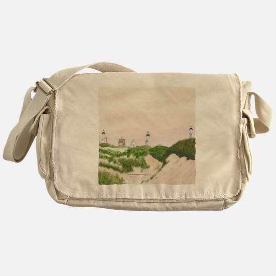 #20 square w edge Messenger Bag