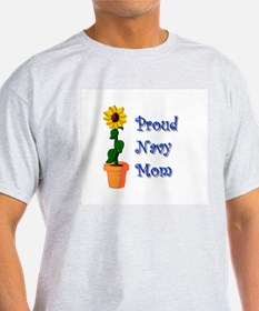 Proud Navy Mom Ash Grey T-Shirt