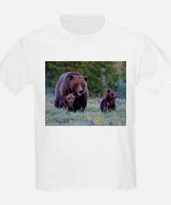 MAMMA GRIZZLY and CUBS T-Shirt