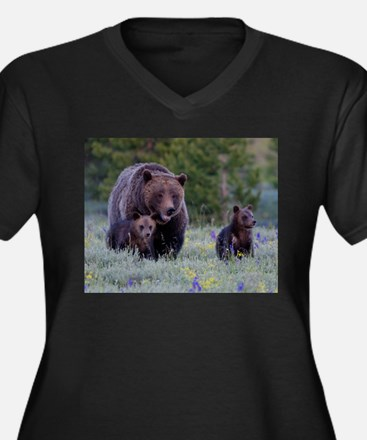 MAMMA GRIZZLY and CUBS Plus Size T-Shirt