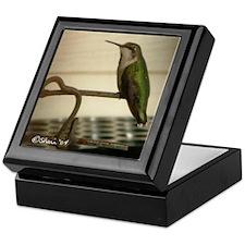 1811 Hummingbird Sunning Keepsake Box