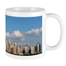 Stunning new New York City skyline Small Mug