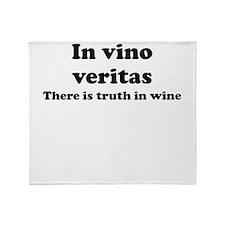 In vino veritas Throw Blanket