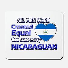Nicaraguan wife designs Mousepad