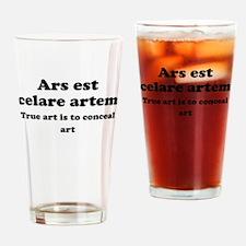 Ars est celare artem Drinking Glass