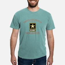Proud U.S. Army Girlfrie Mens Comfort Colors Shirt