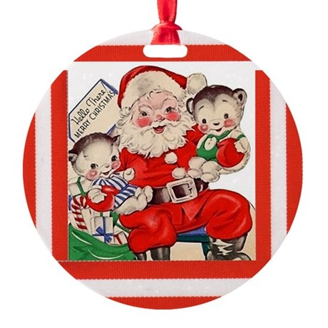 Santa And The Baby Bears - Vintage Round Ornament