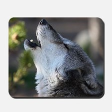 wolf howling Mousepad