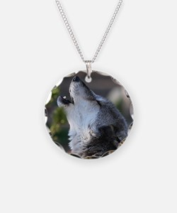 wolf howling Necklace