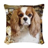 King charles cavalier Woven Pillows