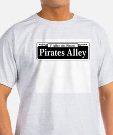 Pirates Alley, New Orleans T-Shirt