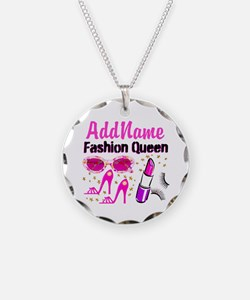 FASHION QUEEN Necklace