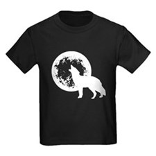 Wolf Howling At Moon T-Shirt