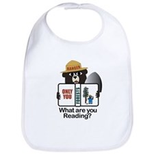 Smokey Reads Bib