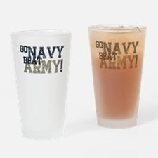 go NAVY beat ARMY Drinking Glass