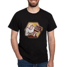 Beekeeper Apiarist Holding Bee Brood Retro T-Shirt