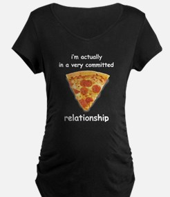 Im actually in a relationship Maternity T-Shirt