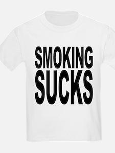 smokingsucksblk.png T-Shirt