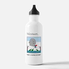 Volunteers Make A Supe Water Bottle