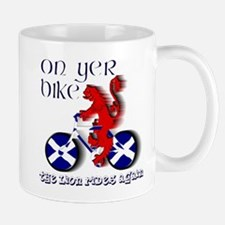 Scottish lion cycling fun Mugs