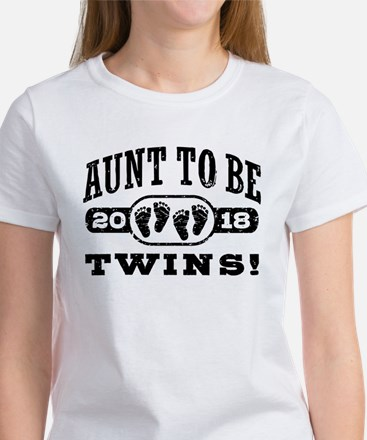 Aunt To Be Twins 201 Women's Classic White T-Shirt
